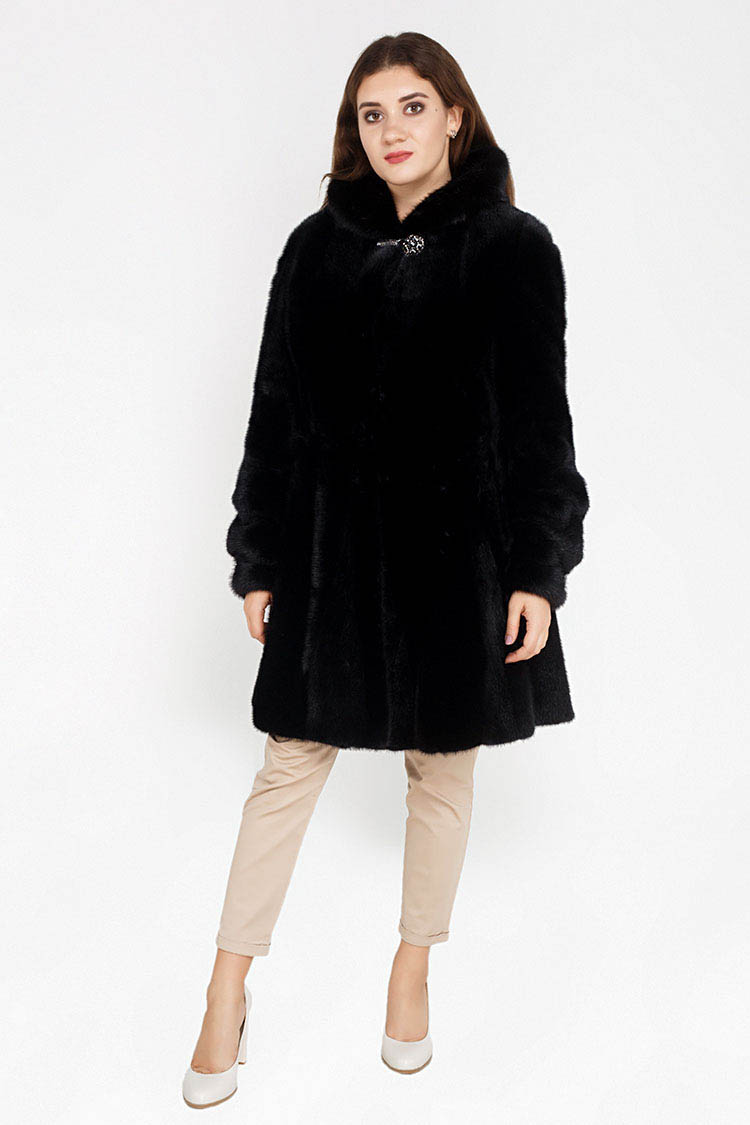 Шуба женская из норки черная, модель AC 495