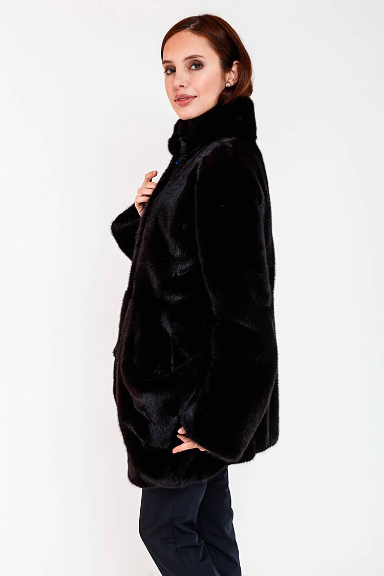Шуба женская из норки черная, модель FIN 191/70