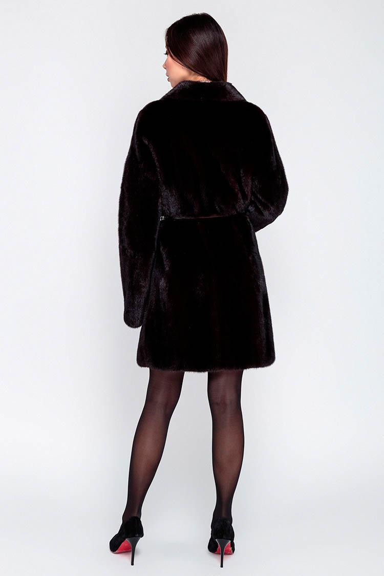 Шуба женская из норки коричневая, модель 122A/86