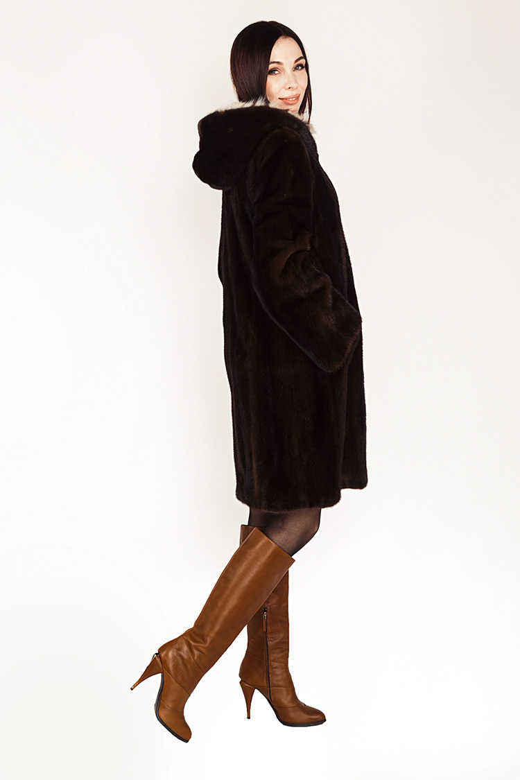 Шуба женская из норки коричневая, модель 0331/90/KPS
