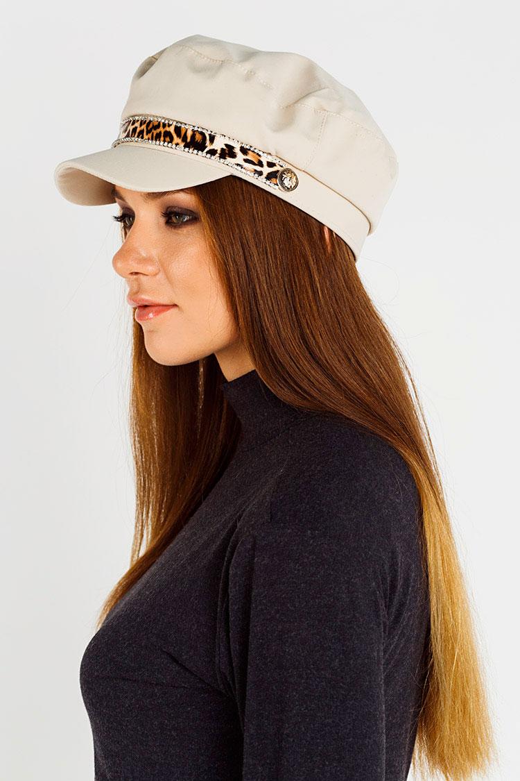 Шапка женская из трикотажа бежевая, модель кепка/змейка
