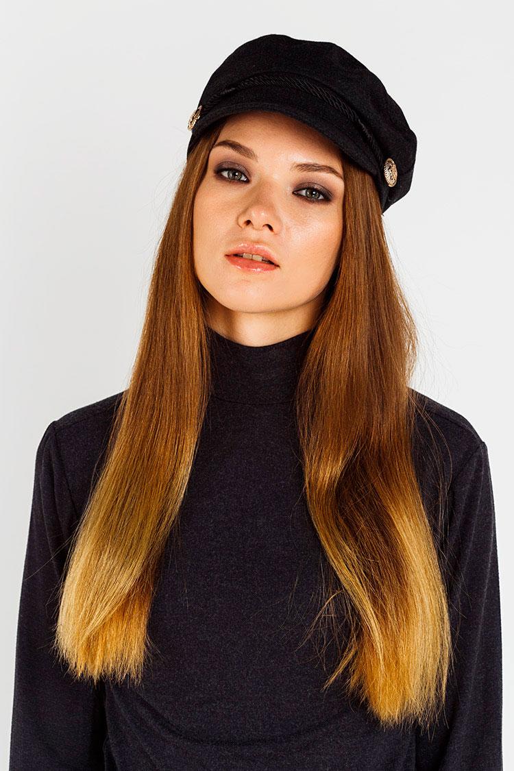 Шапка женская из кашемира черная, модель кепка/пуговица