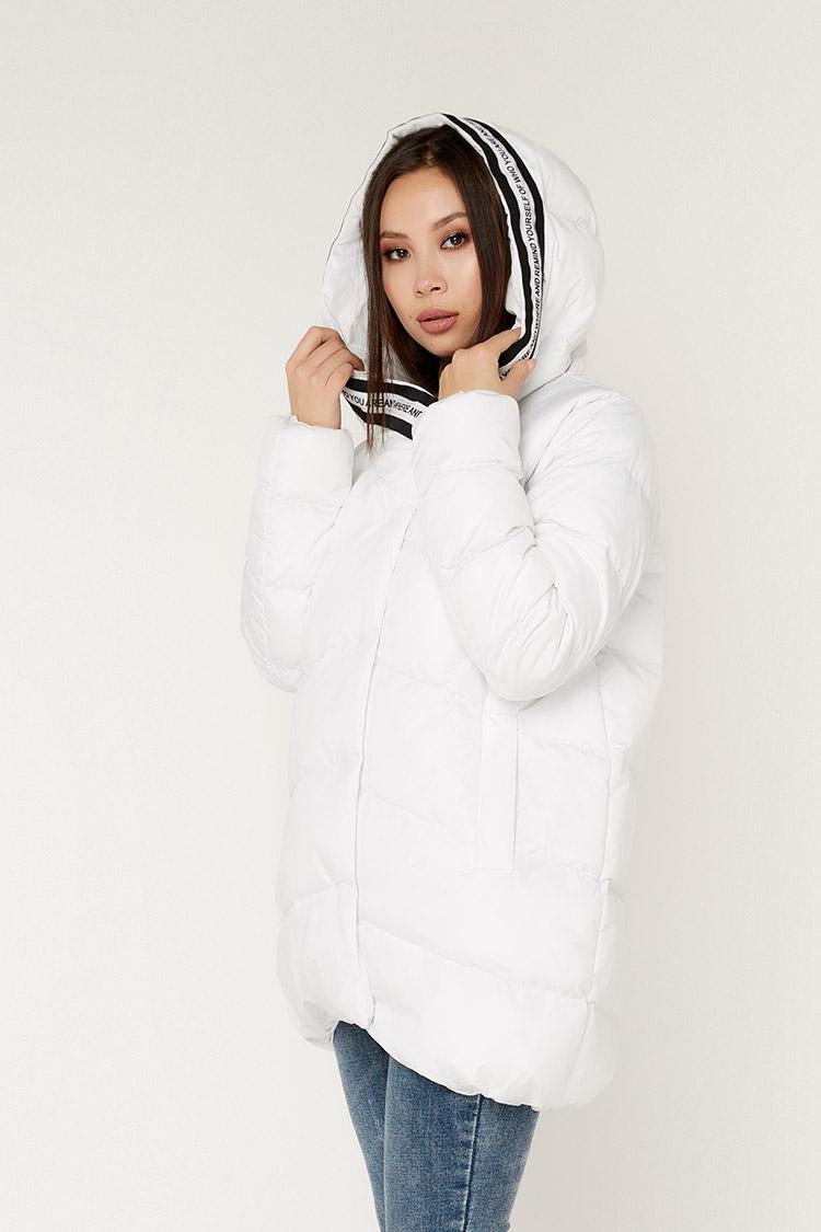 Куртка жiноча з полиэстера бiла, модель 00114/KPS
