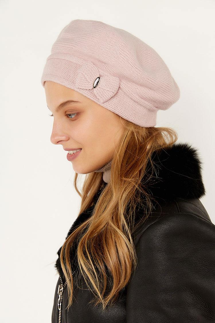 Шапка женская из трикотажа розовая, модель берет бант
